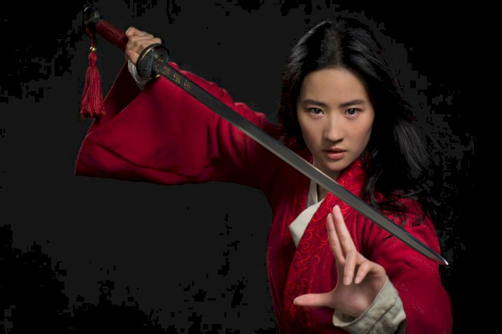Assista ao novo trailer legendado do live-action de Mulan