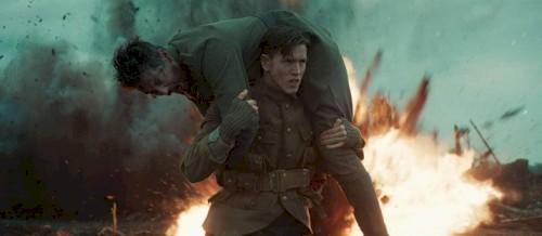 Novo trailer revela a origem da King's Man em meio à guerra