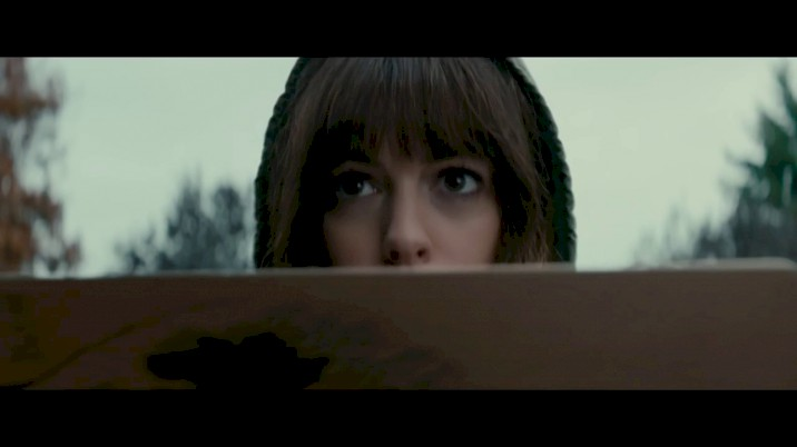 Colossal - Trailer Legendado
